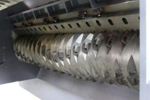 Одновальный шредер MR 48-200